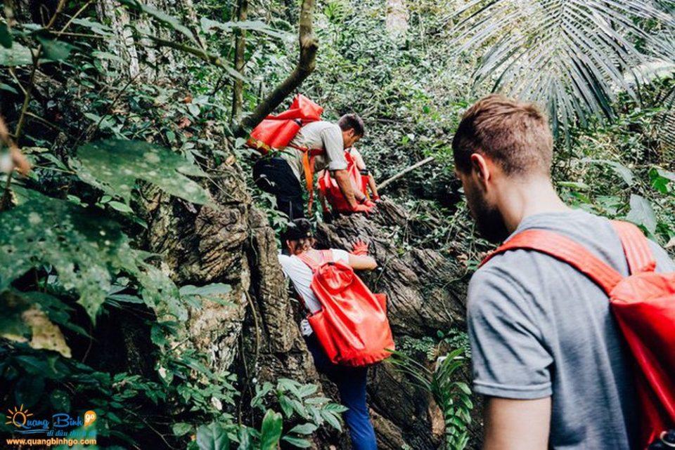 Thông tin, dịch vụ du lịch - Quảng Bình go - Hang Tú Làn, Phong Nha - Kẻ Bàng 5