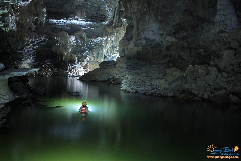 Hang Tú Làn, Phong Nha - Kẻ Bàng - Thông tin, dịch vụ du lịch - Quảng Bình go 9