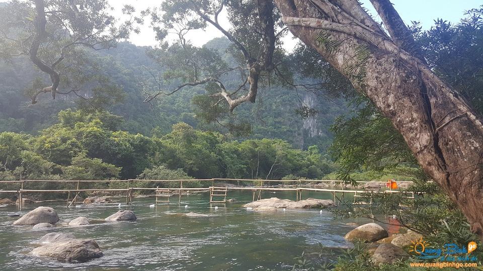 Thông tin, dịch vụ du lịch - Quảng Bình go - Suối Nước Moọc - 5