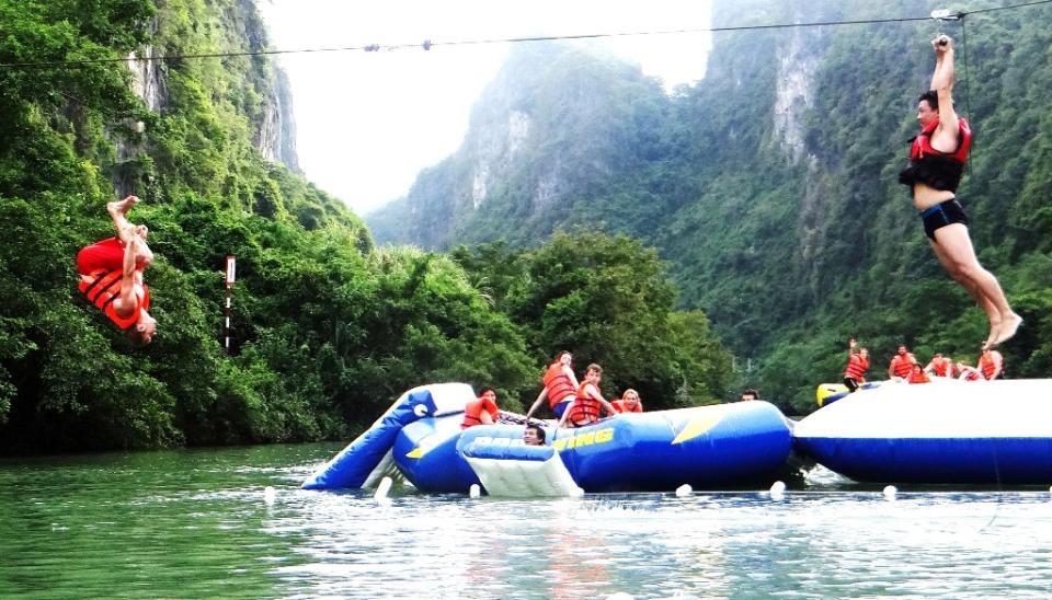 Dark Cave - Chay River Phong Nha Quang Binh Go travel 8