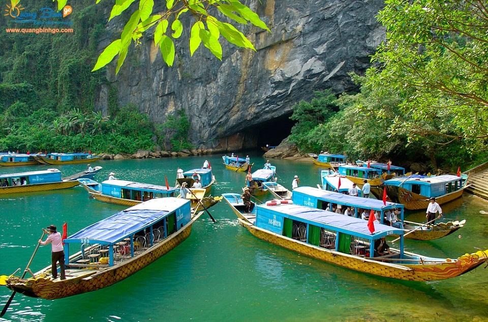Phong Nha Cave Quang Binh Go tour 2