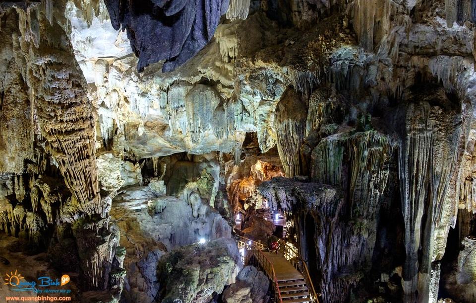 Tien Son Cave, tour Phong Nha, Quang Binh Go travel 1
