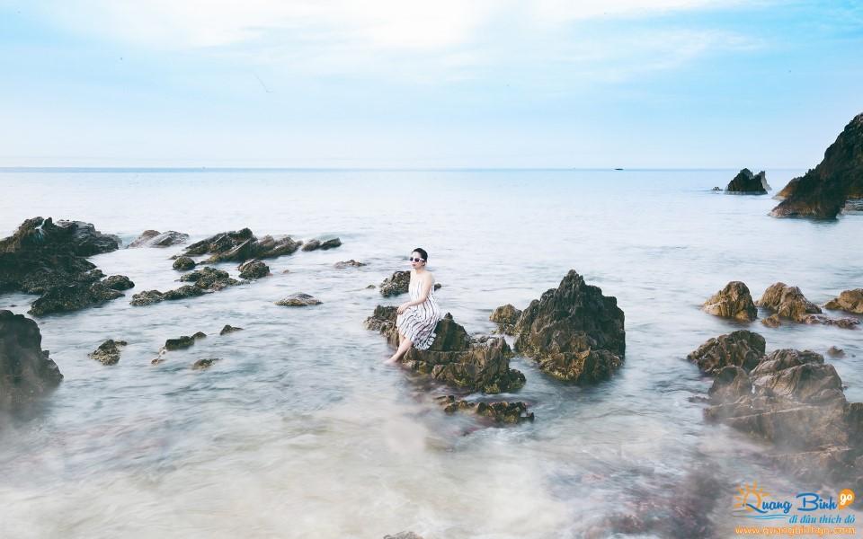 Bãi biển Đá Nhảy, Quảng Bình, VN