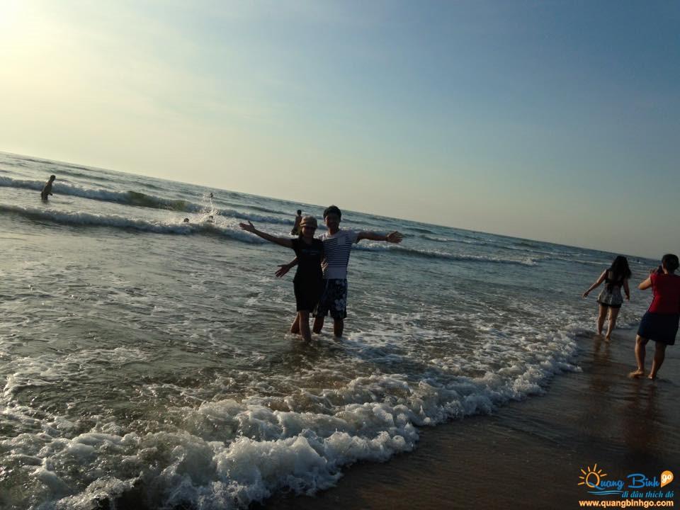 Biển Nhật Lệ bãi tắm trung tâm Đồng Hới