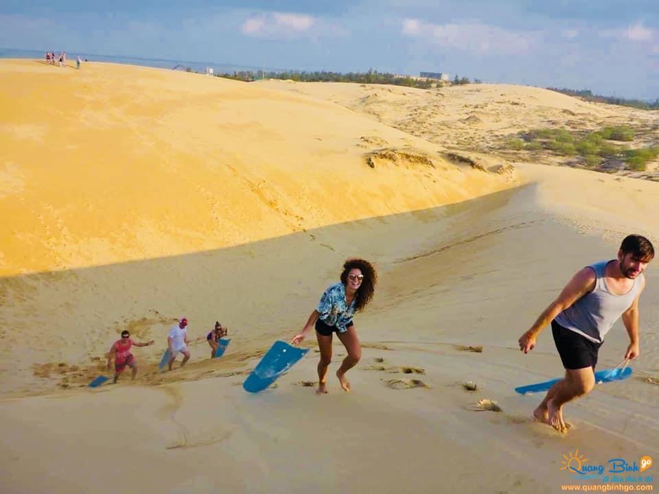 Dong Hoi sand dune, Quang Binh Go tour