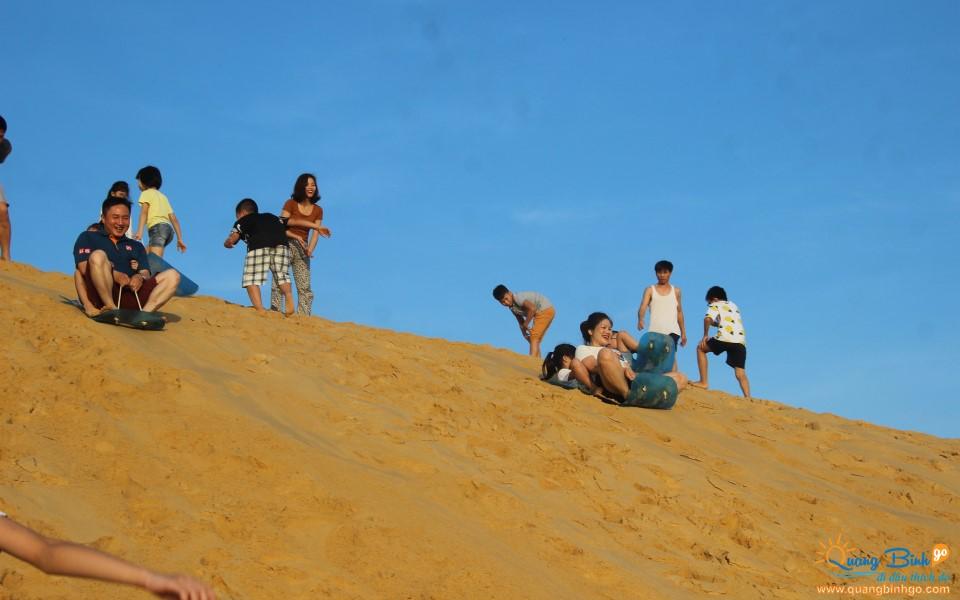 Dong Hoi sand hill, Quang Binh Go tour