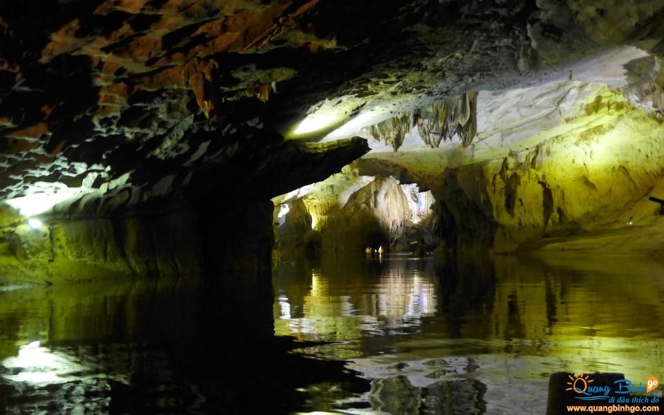 Phong Nha cave tour Quang Binh Go travel