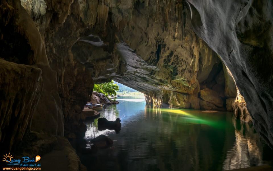 Phong Nha cave tourist destination
