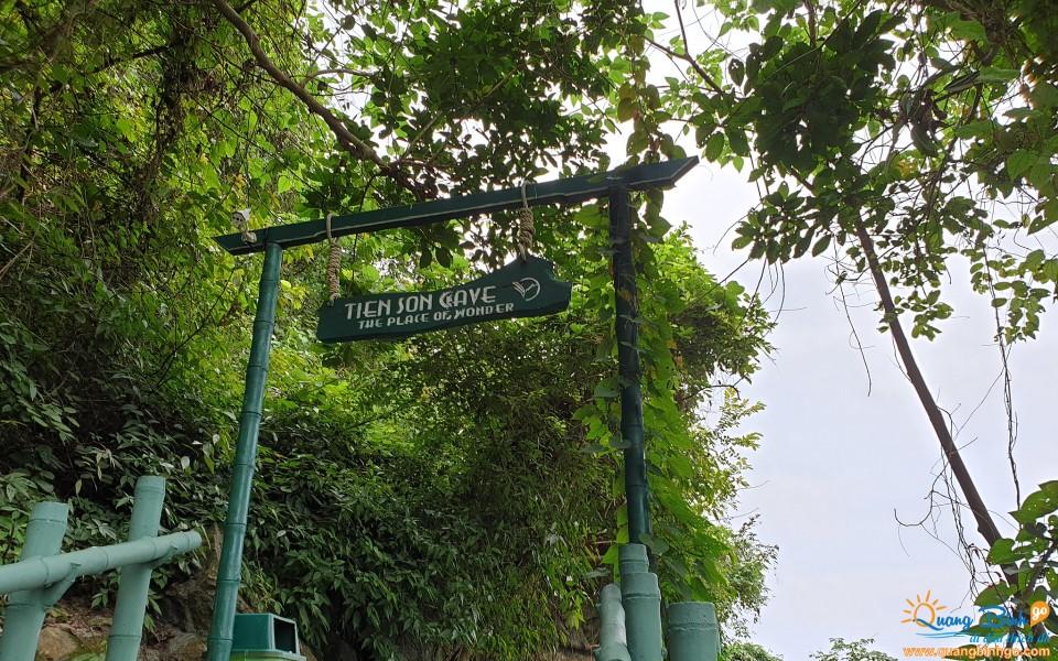 Tien Son cave tourist Phong Nha - Ke Bang