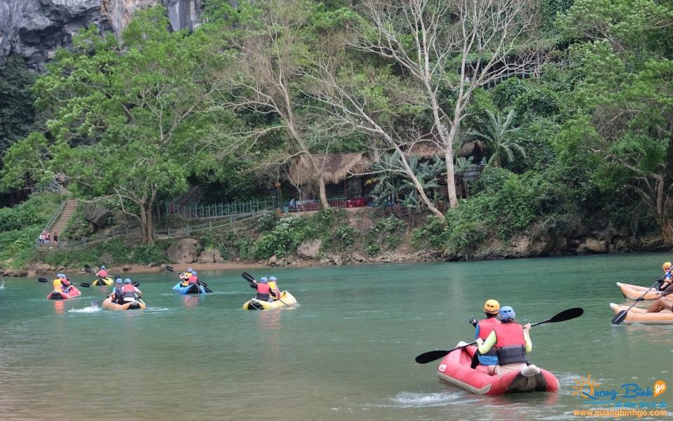 Tour Quảng Bình thám hiểm động Phong Nha