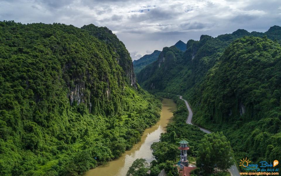 Vườn Phong Nha - Kẻ Bàng Quảng Bình