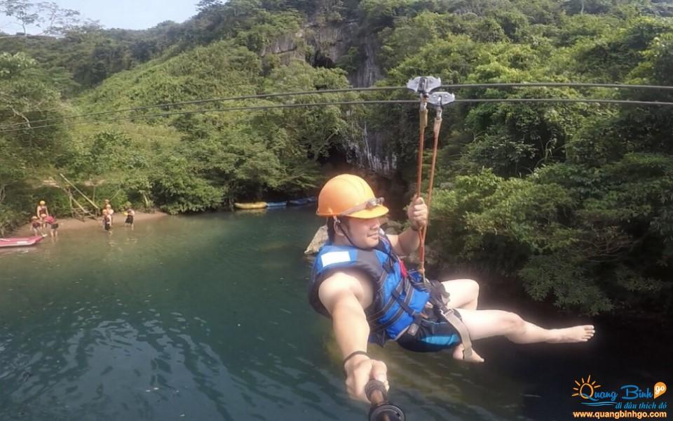 Zipline swing Chay river - Dark cave tourist area