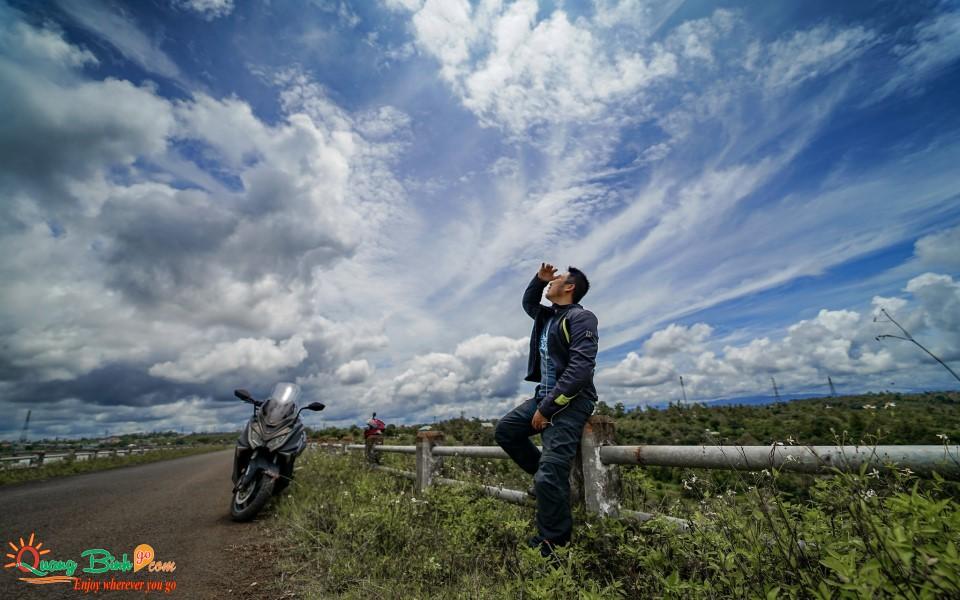 Motorbike rental Quang Binh dịch vụ thuê xe máy