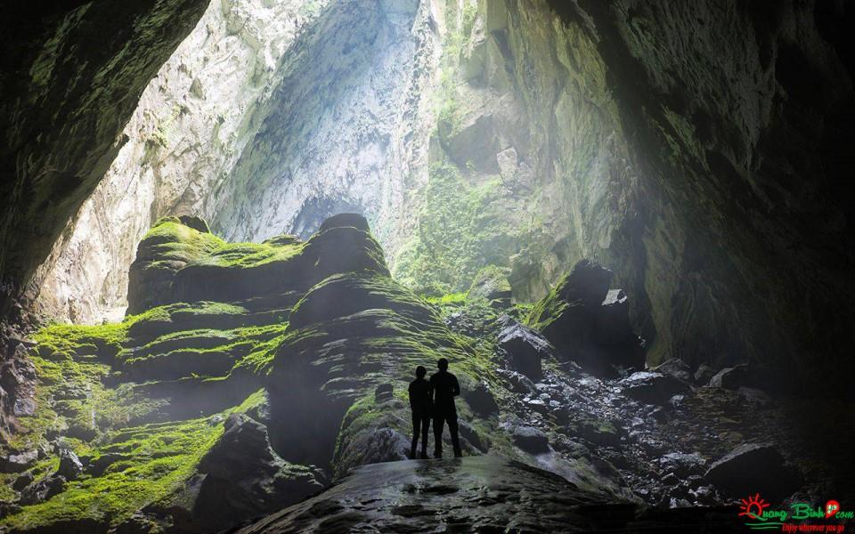 Du lịch mạo hiểm hang Sơn Đoong cave tour