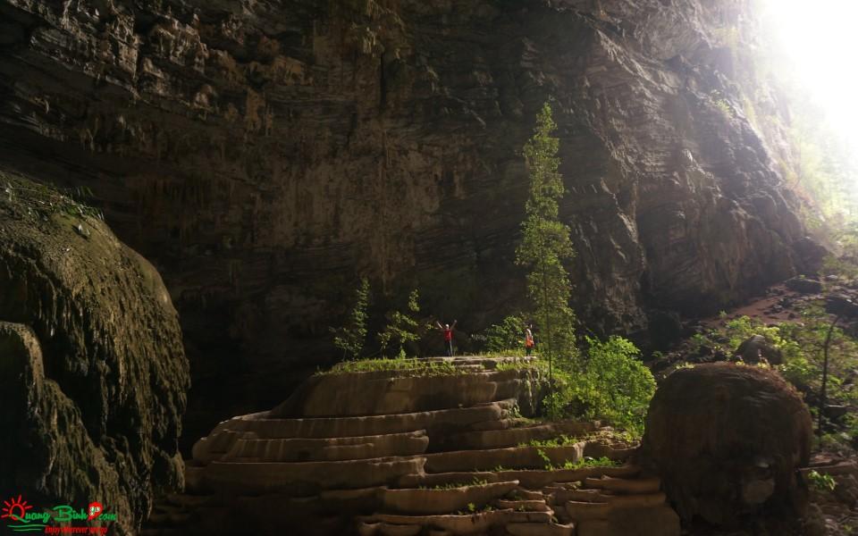 Tour Phong Nha Ke Bang Tu Lan cave adventure