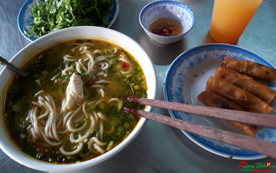 Cháo canh Quảng Bình món ăn ngon, lạ