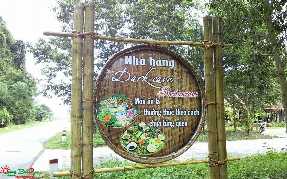 Nhà hàng Hang Tối, Dark cave restaurant QBG