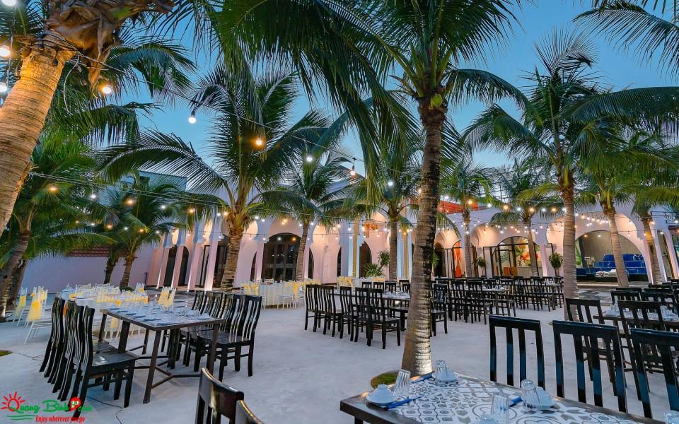 Nhà hàng Lá Cọ beach Nhật Lệ, Quảng Bình