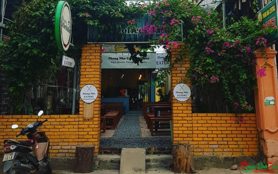 Phong Nha Coffee Station, Quán Cafe